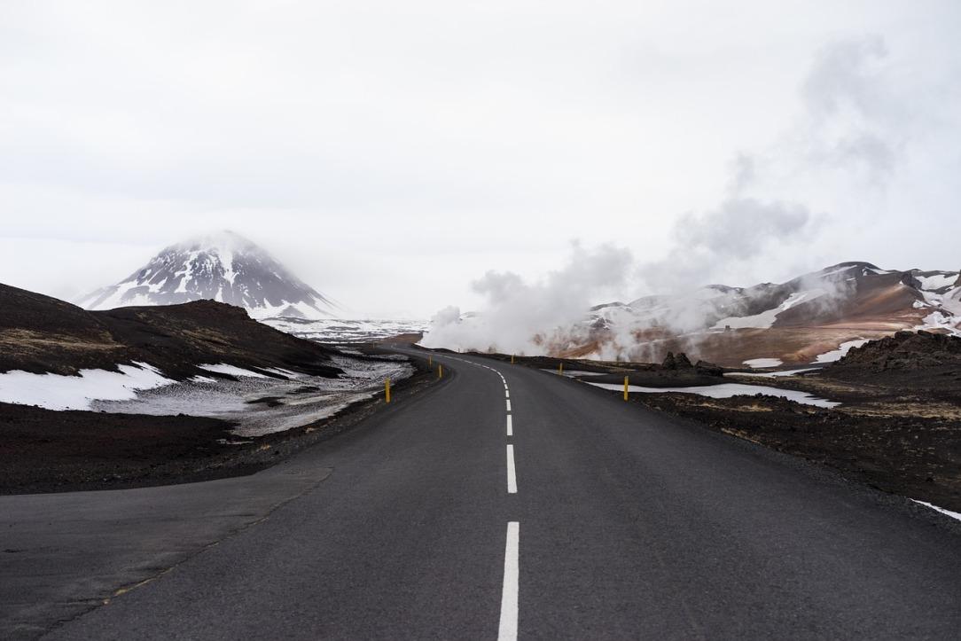 road-983911_1280