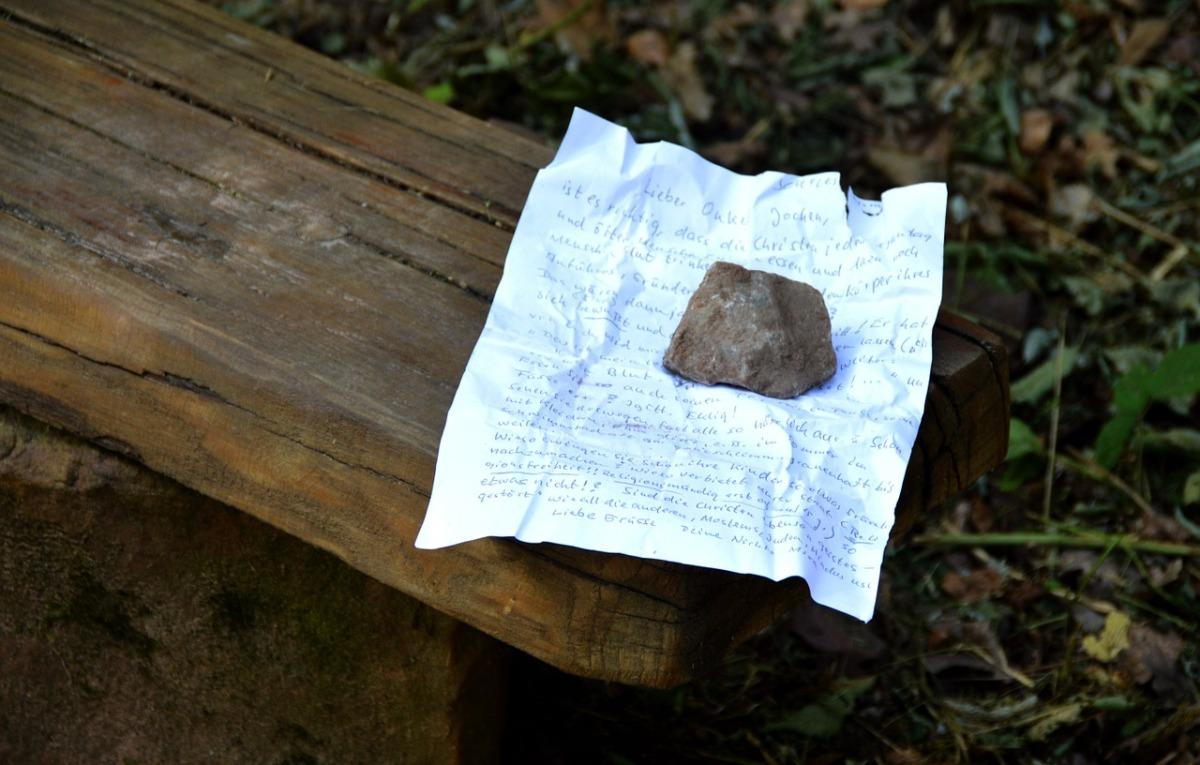 Cinco poemas de Patricio Vega